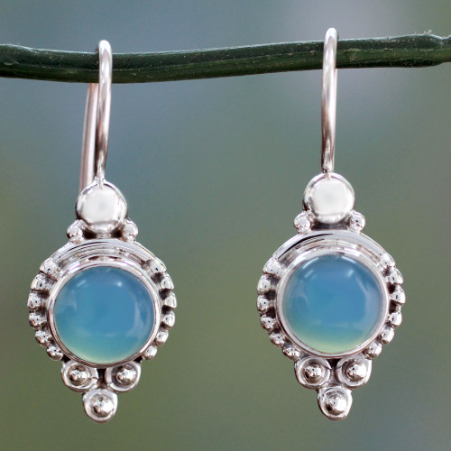 Classic India Jewelry Silver Earrings with Chalcedony 'Ocean Sky'