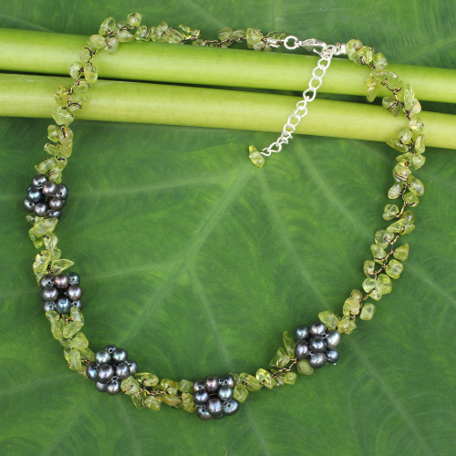 Handmade Pearl and Peridot Beaded Necklace 'Heaven's Gift'