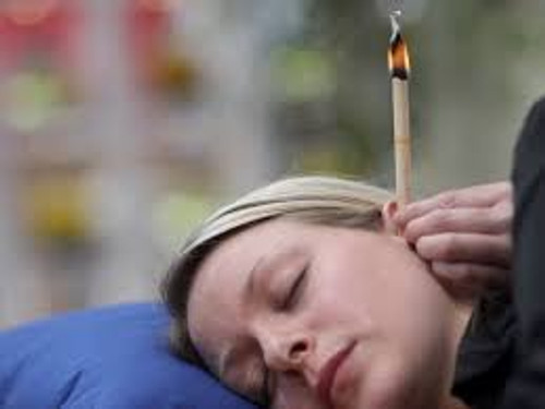 4 pack come with instructions  Ear Candles complete Made with organic Beeswax  we have 2 pack, 4 pack