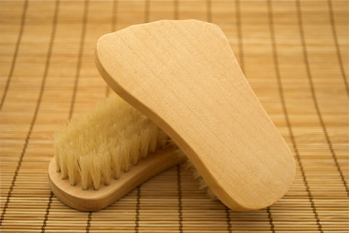 spa day for your feet soap holder and organic natural wood feels good