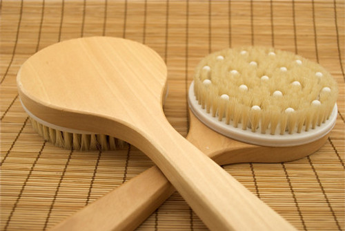round deluxe brush Each brush come individually wrapped and is in a re-sealable wrapper.  The Skin Brush is a wonderful, revitalizing health and beauty aid. Removing the top layer of dead skin and stimulating the circulation of blood feeding the skin are essential for maintaining youthful, glowing and supple skin. Skin Brushing has been used throughout the world for centuries, and is making its way back into popularity.  Dry skin brushing is one of the best ways to cleanse the skin without removing the protective mantle of acid and oils. It gently and effectively removes the top layer of dead skin cells with its build-up of dirt and acid, and deeply cleanses the pores. Skin brushing is one of the most powerful ways to cleanse the lymphatic system.