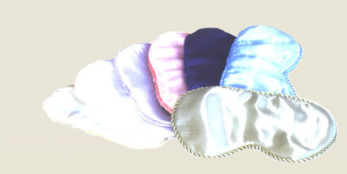 100% silk cradles you in comfort as it helps filter out unwanted disturbances. Oh so luxurious Colors: navy, blue, lavender, beige, pink, celery, black, burgundy, sky blue, gold, silver