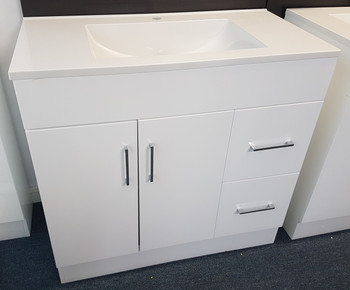 Floor mounted vanity unit 900mm wide with 2 doors and 2 drawers