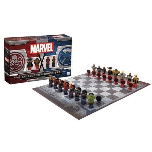 The Op Marvel Collectors Chess Set