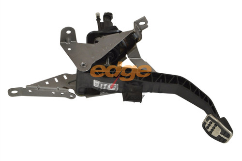 CLUTCH MASTER CYLINDER FOR A FORD FOCUS ST170