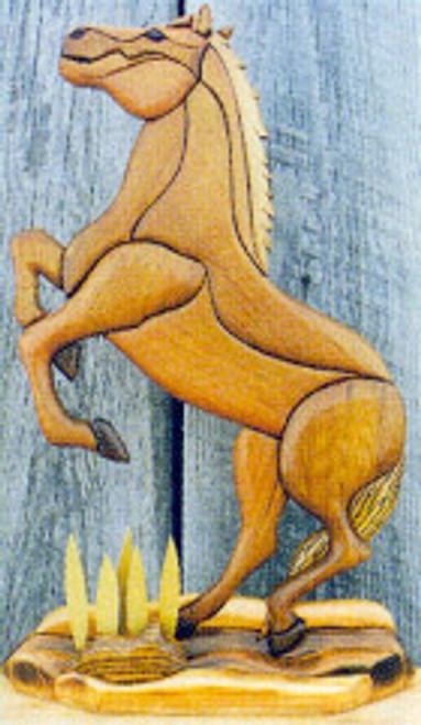 REARING HORSE INTARSIA PATTERN