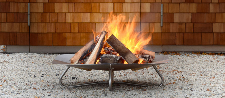 Fireplate III Stainless Steel with firewood and fire