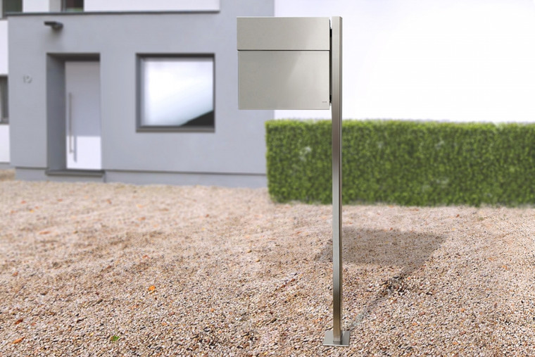 Stainless steel Letterman 4 with Matching Post
