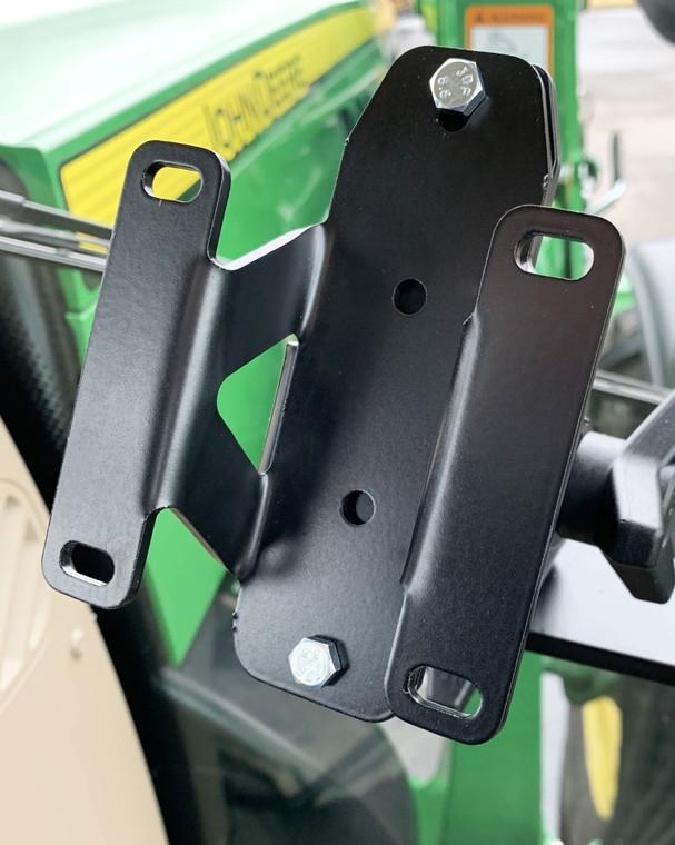 Adapter for a 2 bolt to a 4 bolt pattern in John Deere GEN 4