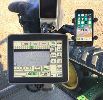 350-monitor-john-deere-phone-holder.jpg