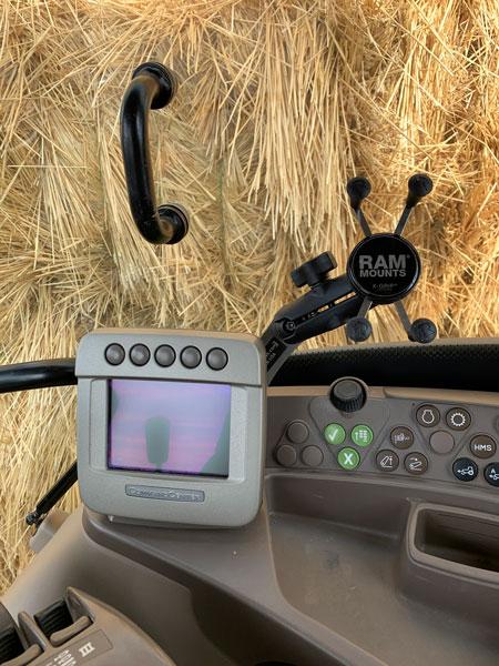 phone-holder-for-john-deere-tractor-5-button-screen.jpg