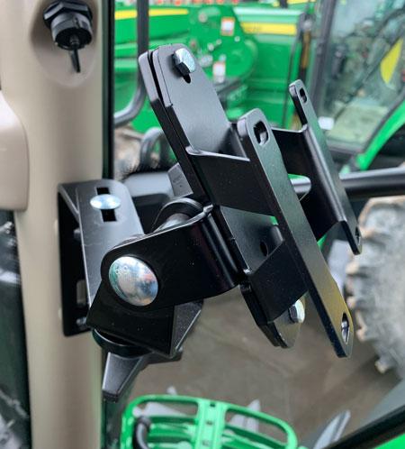 side-view-of-adaptor-bracket-john-deere.jpg