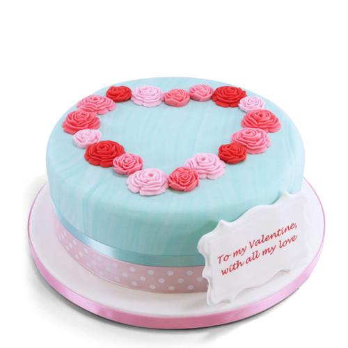 Heart Of Roses Cake