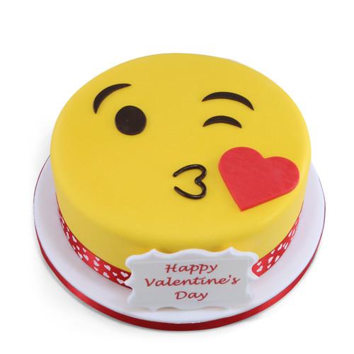 Blow a Kiss Emoji Cake