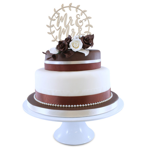Chocolate Roses Wedding Cake