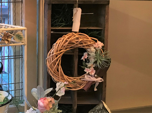 Natural Wreath with Shovel