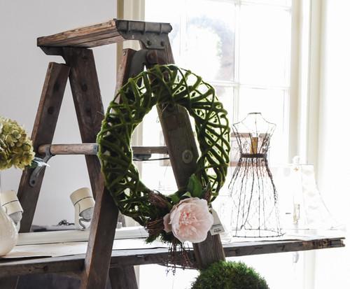 Lattice Wreaths with Wood Bow