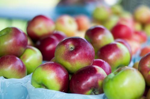 Bag of (6) Apples