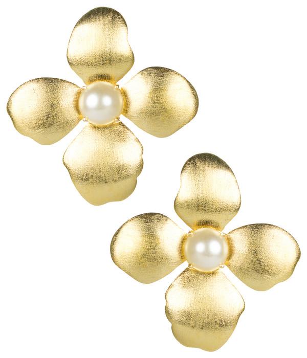 Maggie Earrings - Pearl
