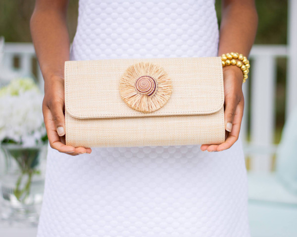 Avery  Straw Clutch - Natural Shell with Natural Raffia Round