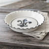 Thumb Print Pie Plate in Black Fleur de Lis