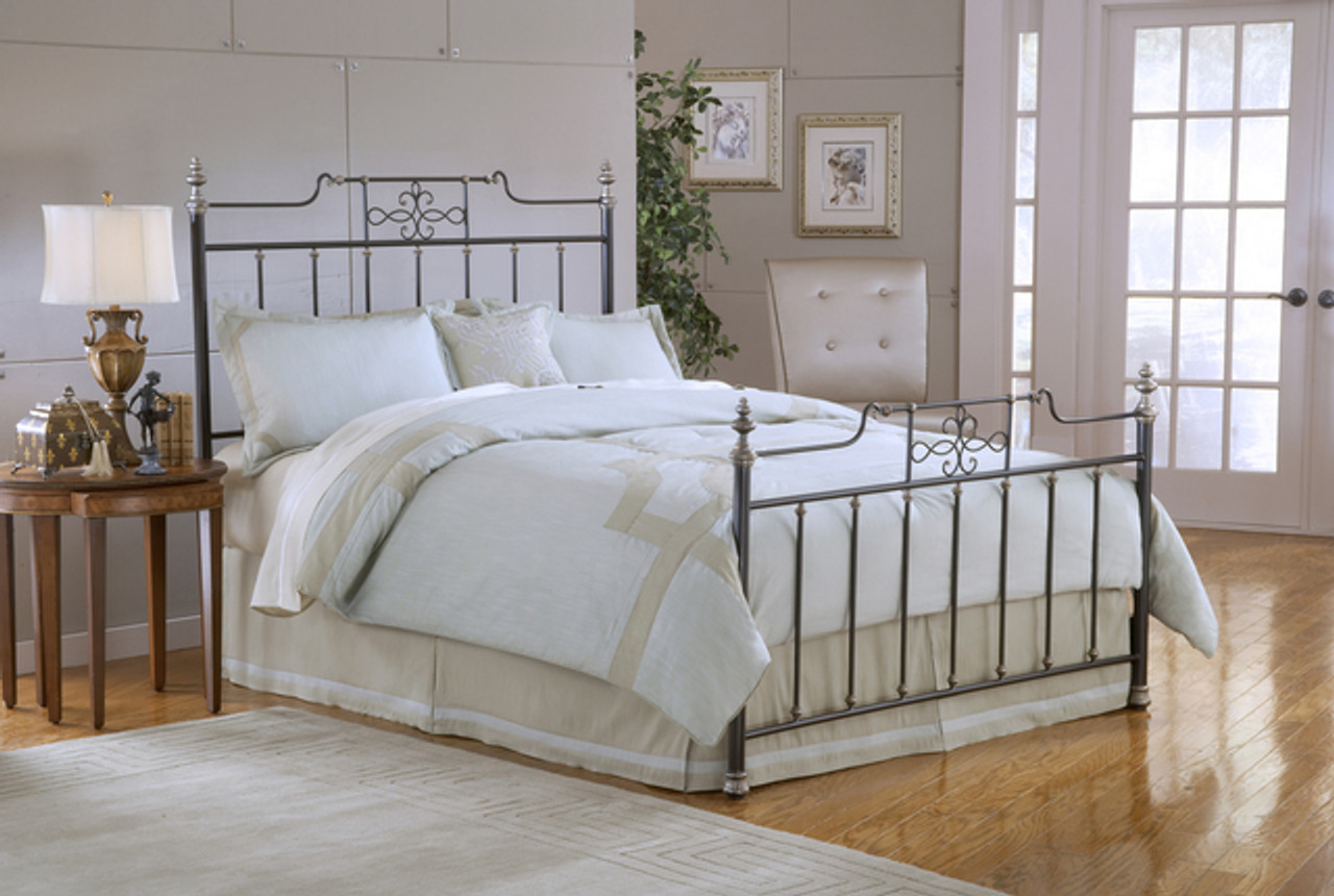 King Beds Not Upholstered