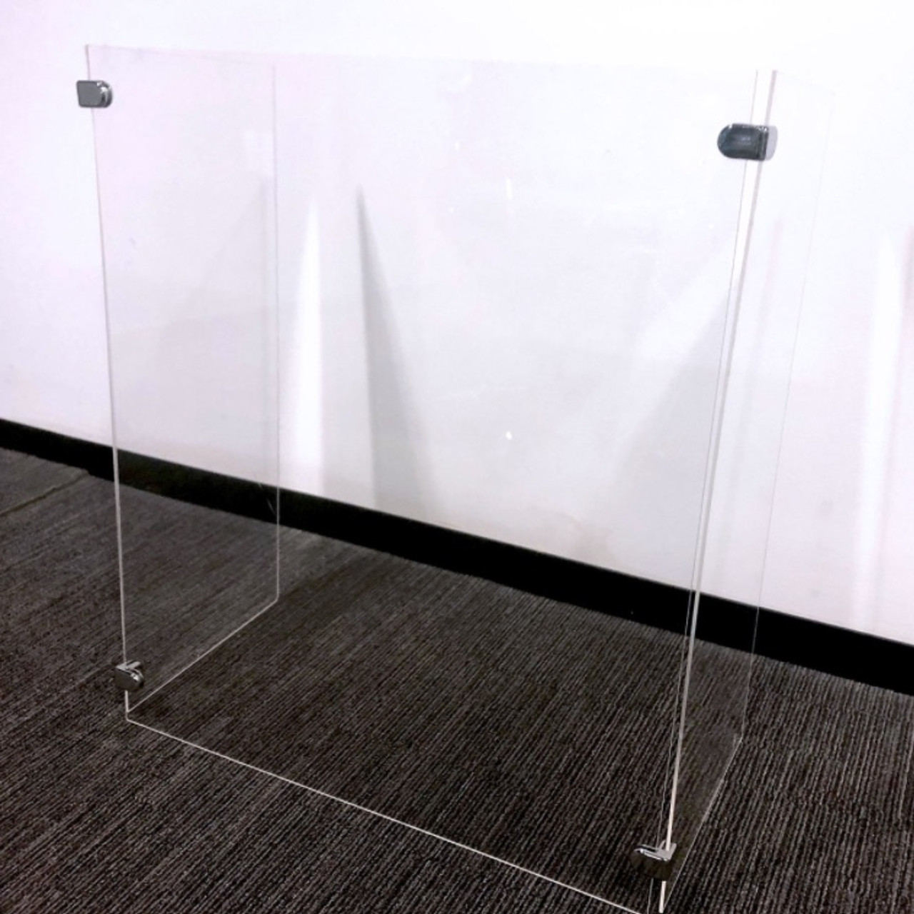 3-sided-safety-barrier-to-keep-employees-and-customers-safe