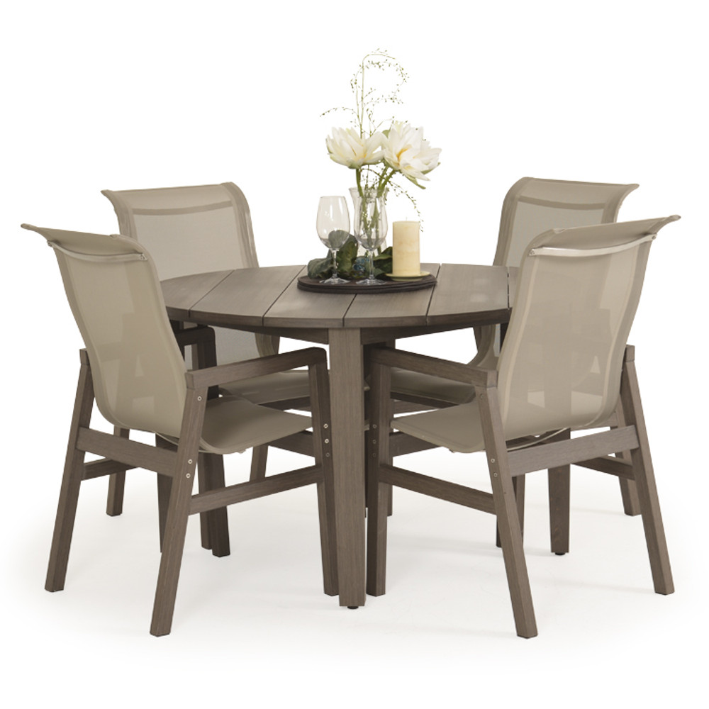 "5248U 47.5"" Round Dining Table"