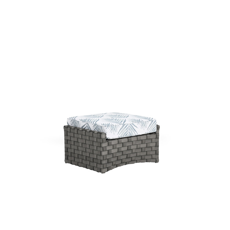 Kenwood Outdoor Wicker Ottoman