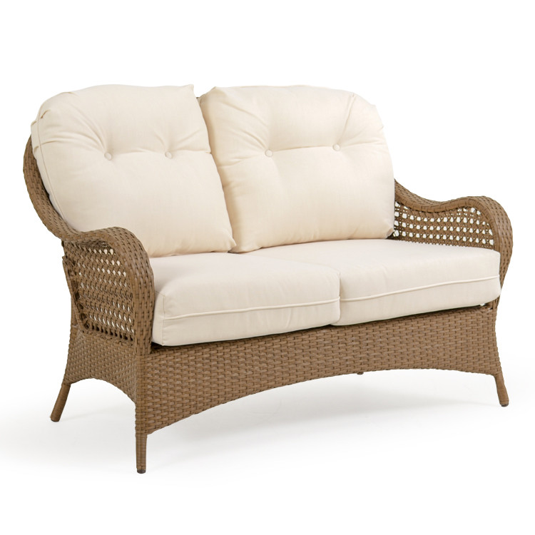 6702 Loveseat