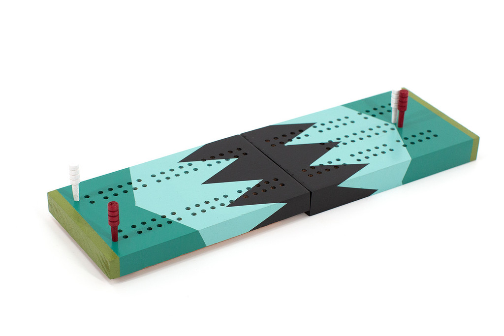 Two player cribbage board.