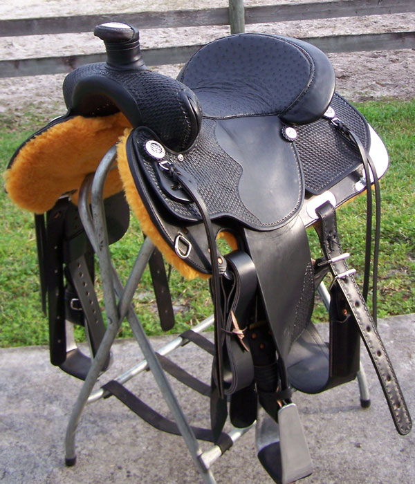 saddleblackropercirclegrope.jpg