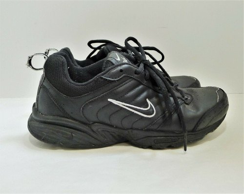 Nike Women's Black View II Walking Shoes Size 7.5 318171-001