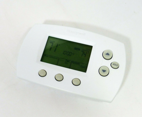 Honeywell FocusPro Programmable Standard Display Thermostat TH6220D1002