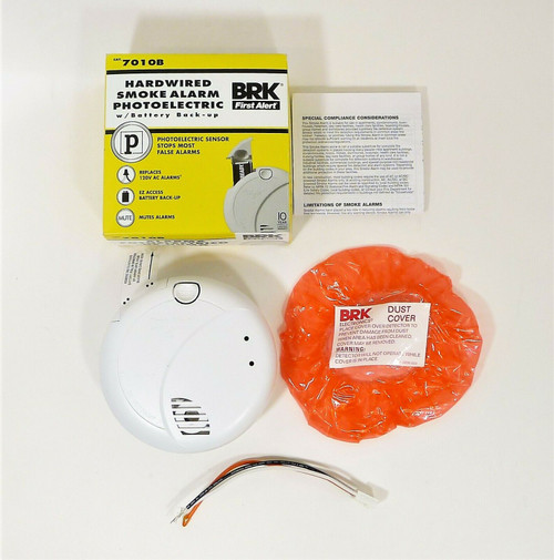 BRK First Alert 7010B 120-Volt Photoelectric Sensor Smoke Detector - OPEN BOX