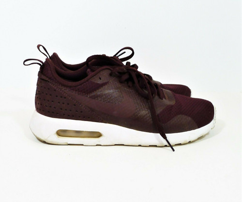 Nike Women's Burgundy Air Max Tavas Sneakers Shoes Size 7.5
