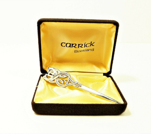 Carrick Scotland Scottish Hounds Silvertone Thistle Kilt Pin in Original Box