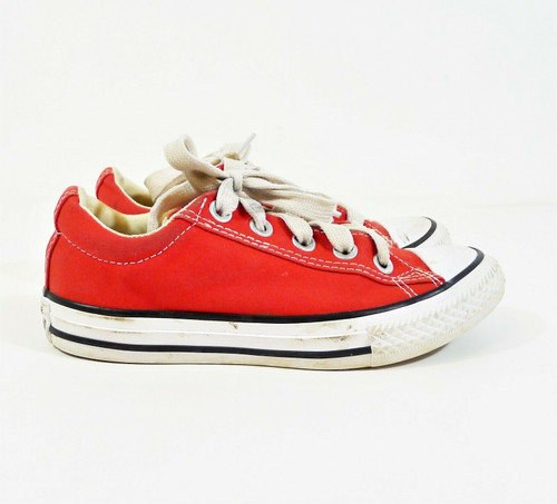 Converse Youth Red Chuck Taylor All Star Street Size 1