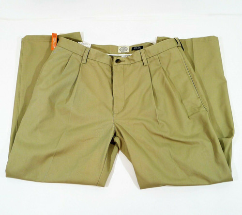 St. John's Bay Men's Khaki Pleat Front Chino Pants Size 38 x 30 - NEW WITH TAGS