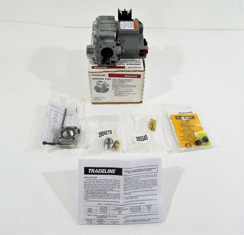 Honeywell VR8200A2132 Standard Opening Pilot Gas Valve - NEW OPEN BOX