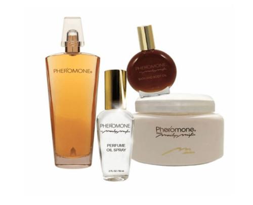 "Pheromone from Marilyn Miglin ""Sensual Elegance"" 4 pc Gift Set Purple Tote - NEW"