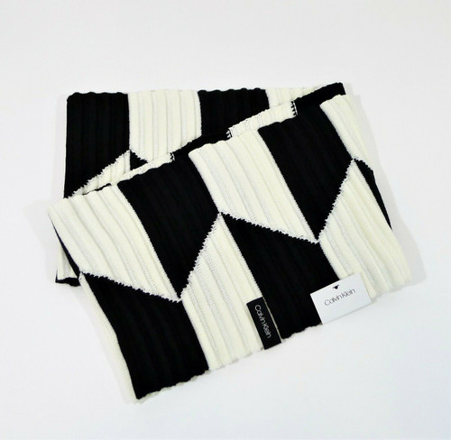 Calvin Klein Black and White Chunky Infinity Loop Scarf - NEW