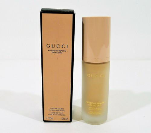 Gucci Fair Natural Finish Fluid Foundation 1.0 Fl. Oz. 140W - NEW