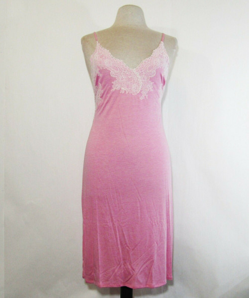 Natori Women's Pink Luxe Shangri-La Chemise Size S, NWT **Has a spot/stain**