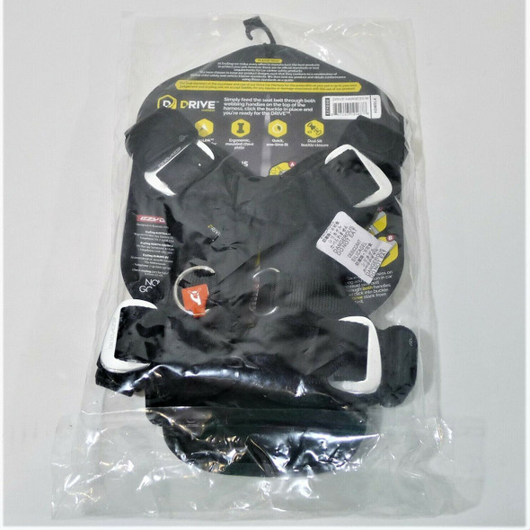 Ezydog Safety Seat Belt Drive Harness for Dogs Size M *NEW*