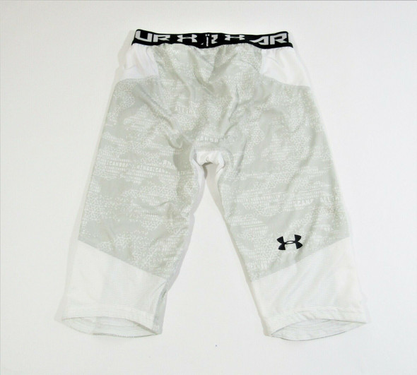 Under Armour Boys Fitted HeatGear Shorts Size XL Youth, NWT **Has Stain**