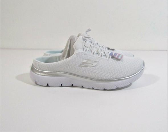 Skechers Women's White Summits Swift Step Backless Sneaker Size 6.5 **NEW IN BOX