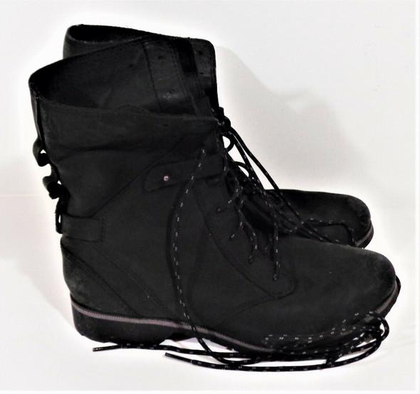 Teva Black Suede Winter Boots Women's Size 6.5