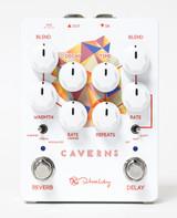 Keeley Electronics Caverns v2 Delay / Reverb pedal