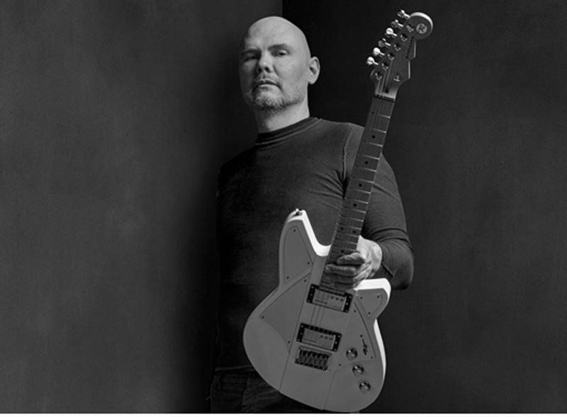 Railhammer Billy Corgan Signature Humcutter neck humbucker sized P90 - black